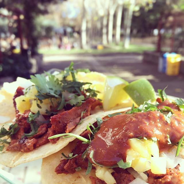 Buenísimos los #tacos al pastor hoy en Tepic @madreatmarket #streetfood #Madrid #foodtrucks