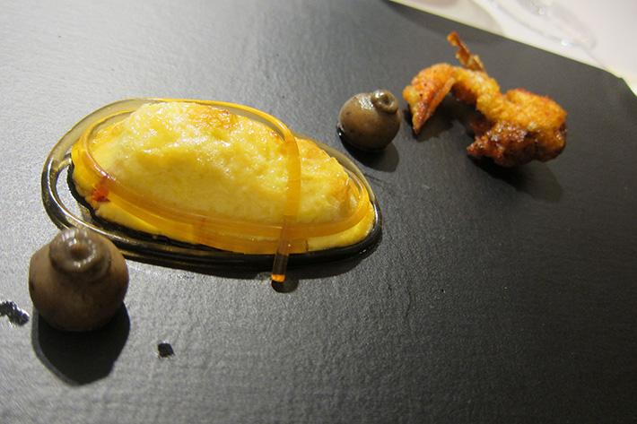 Araña Gallega de mar y tomate picante diverXO
