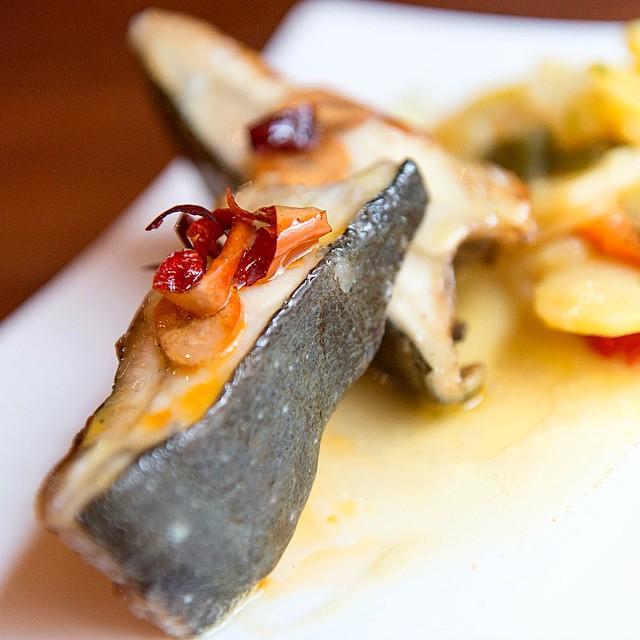 Para hoy tenemos (en el post de la semana), #rodaballo al horno, en El Hórreo Asturiano #Madrid #plazacastilla #conelmorrofino #foodie #foodporn #foodpic