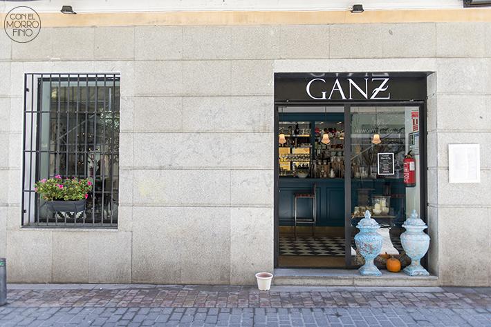 GANZ fachada barrio letras