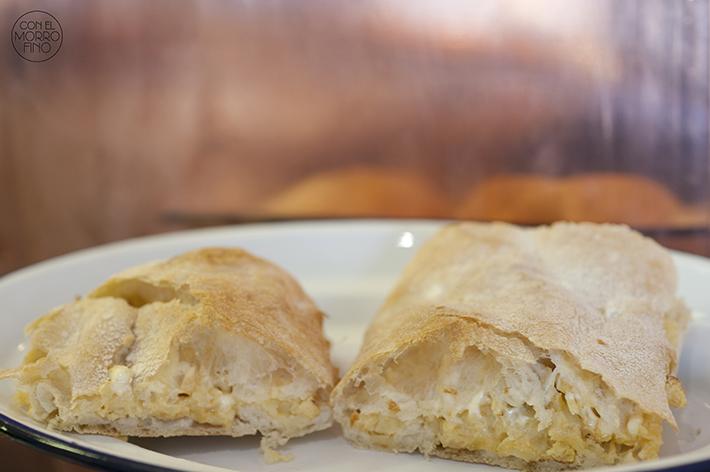 Bocadillo de Jamón y Champán Tortilla