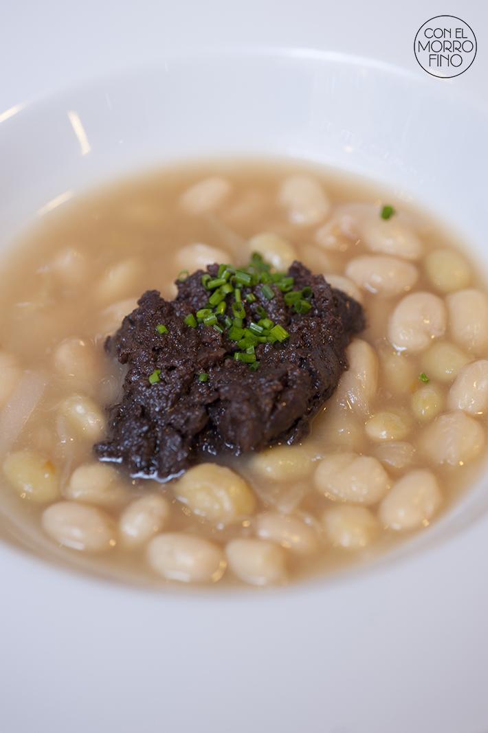 Muñagorri Restaurante Gastro Bar Pochas a la Navarra