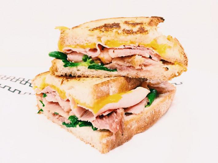 Sandwich cubano (vía comideando.es)