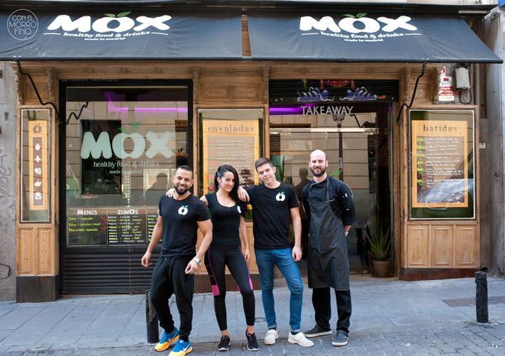 Mox Fachada y equipo
