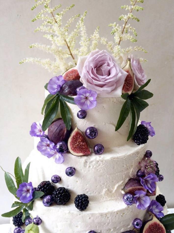 Lily-Jones-lily_vanilli_cake-instagram-4