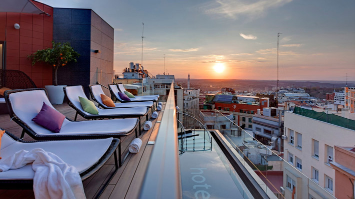 Agenda-gastronomica-Madrid-Hotel-Indigo_terraza