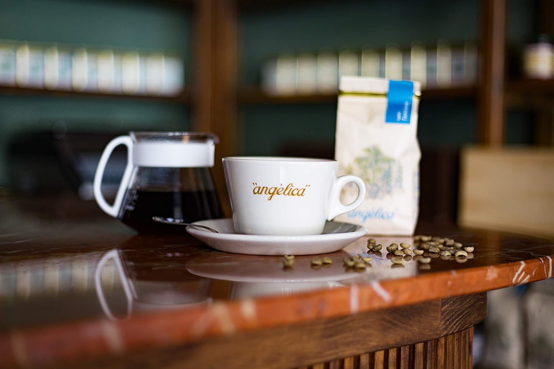 Café Angélica, cafés, tés y especias con identidad propia