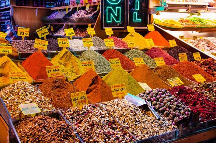 la mejor street food del mundo mercado especias estambul