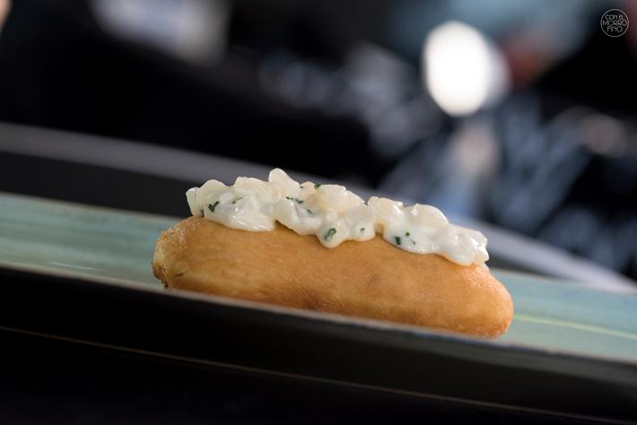 Comer con las manos en Madrid Bocata Calamares GlassMar