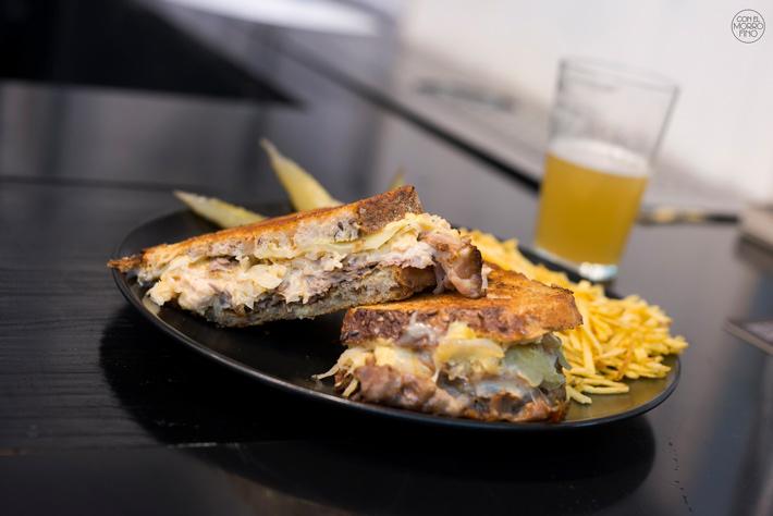Comer con las manos en Madrid Pastrami Craft19