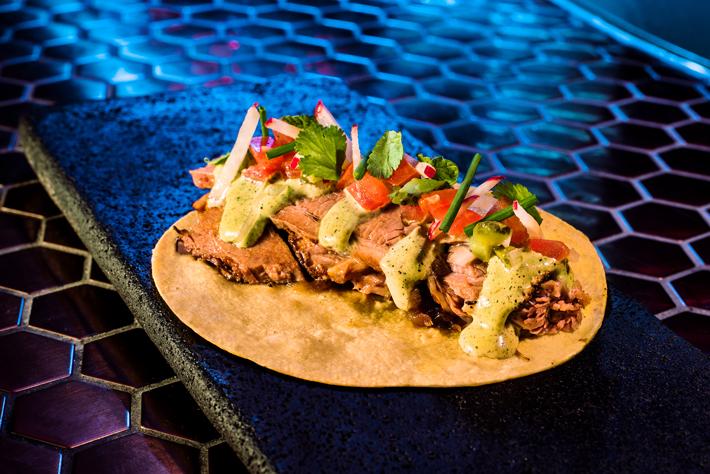 los mejores tacos de madrid Salon Cascabel