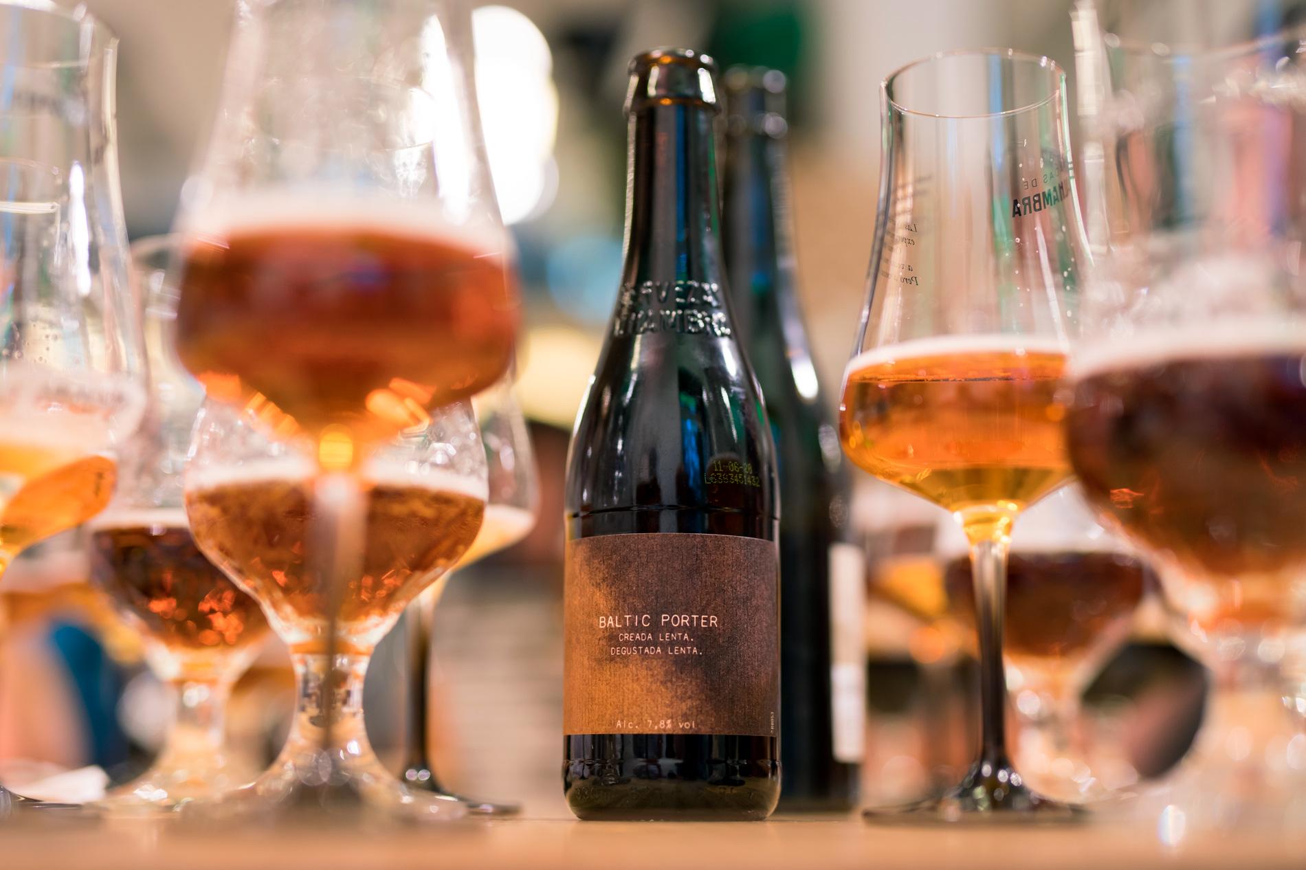 Jardín Cervezas Alhambra, arte y gastronomía con sabor Alhambra