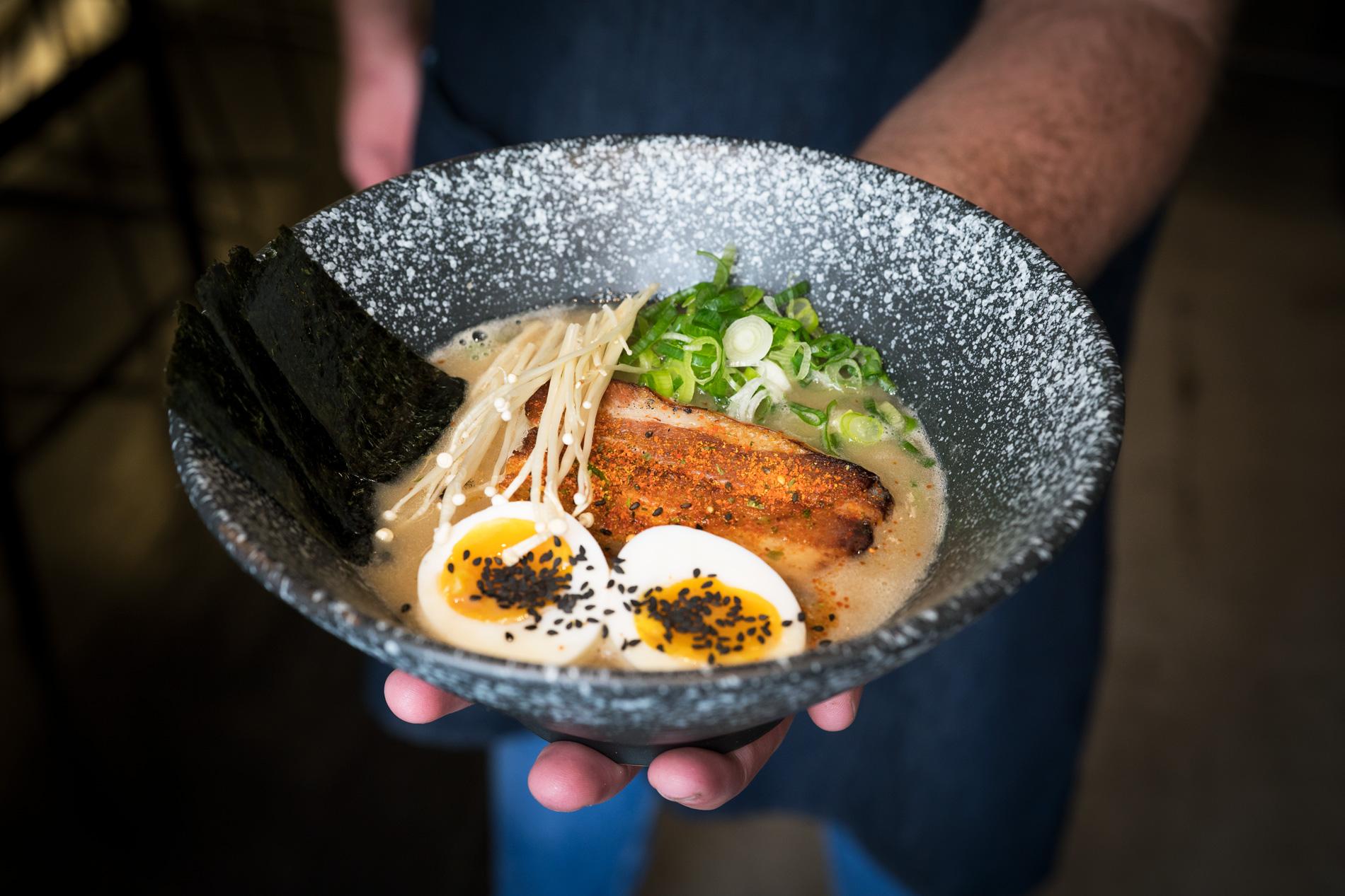 Killer Sobo, taberna con sabores asiáticos y rollo castizo