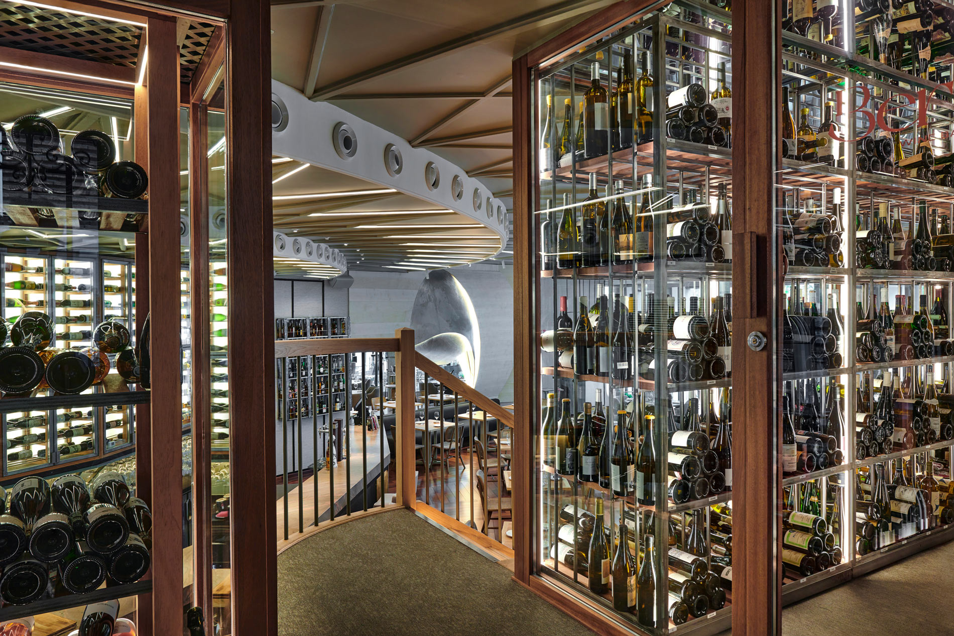 Los 12 mejores bares de vinos de Madrid, desde tabernas hasta wine bars